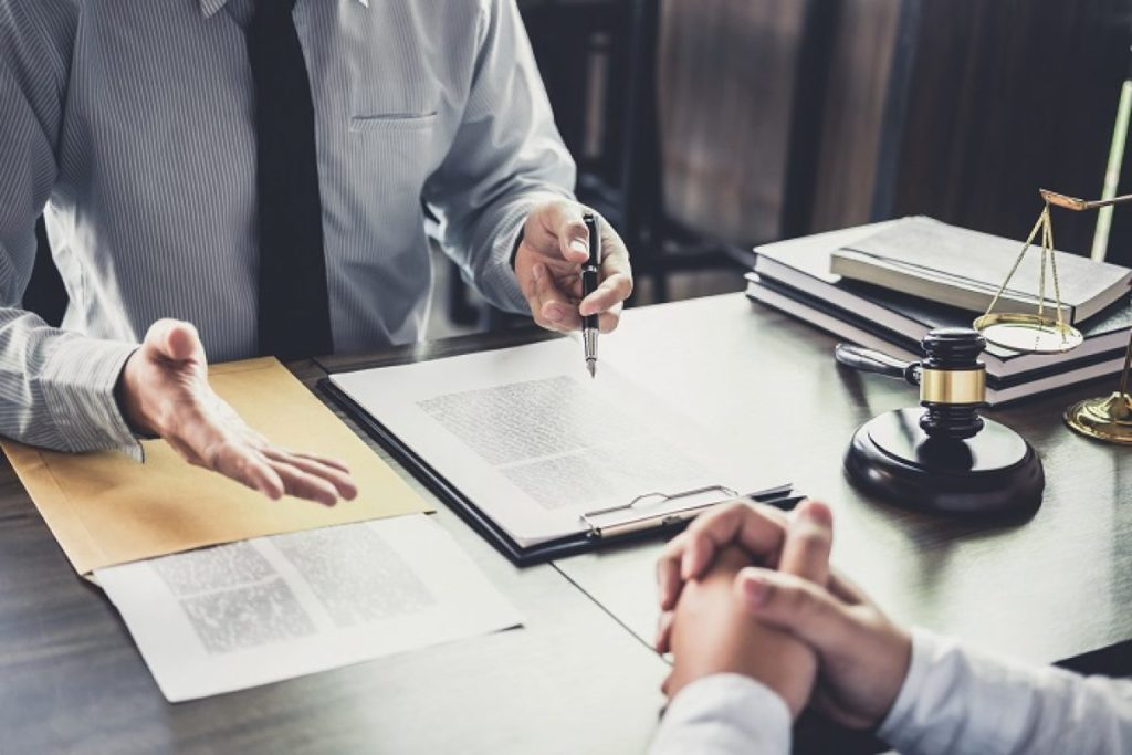 A Guide to Suing an Employer After a Work Injury or Death